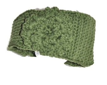 Handmade crochet headband with flower