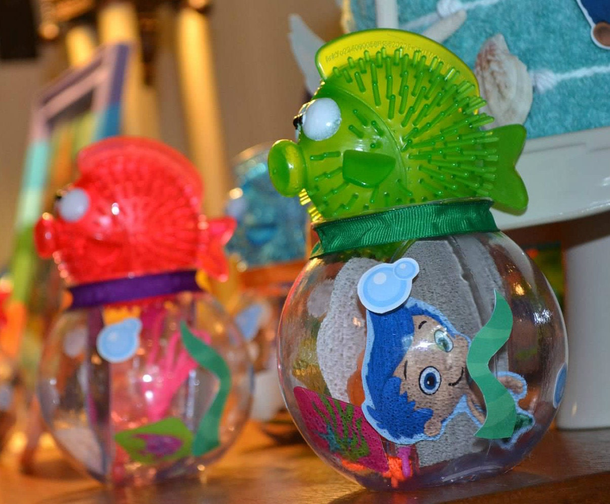 Bubble guppies party favor kit includes 10 fish bowls 10 - Bubble guppie birthday ideas ...