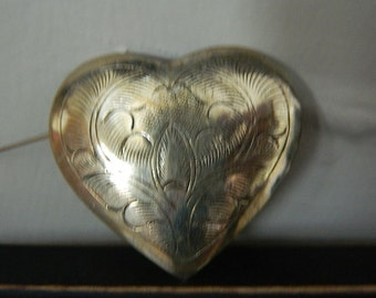 Vintage Etched Heart Brooch