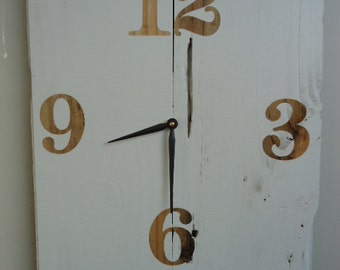 Reclaimed Pine Wood Clock