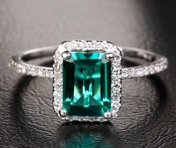 emerald gemstone engagement rings 256ct emerald