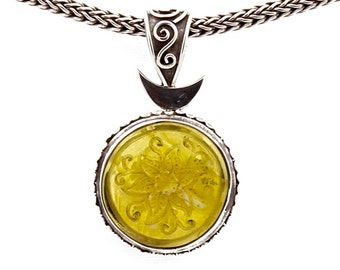 Magic Flower 2 - Pendant - Sterling Silver  - Amber