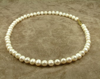 White Pearl Necklace 7.5 - 8.5 mm (Κολιέ με Λευκά Μαργαριτάρια 7.5 - 8.5 mm)