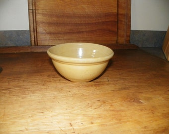 "6"" Yelloware Bowl~SALE~"