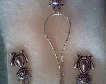 kitty necklace set