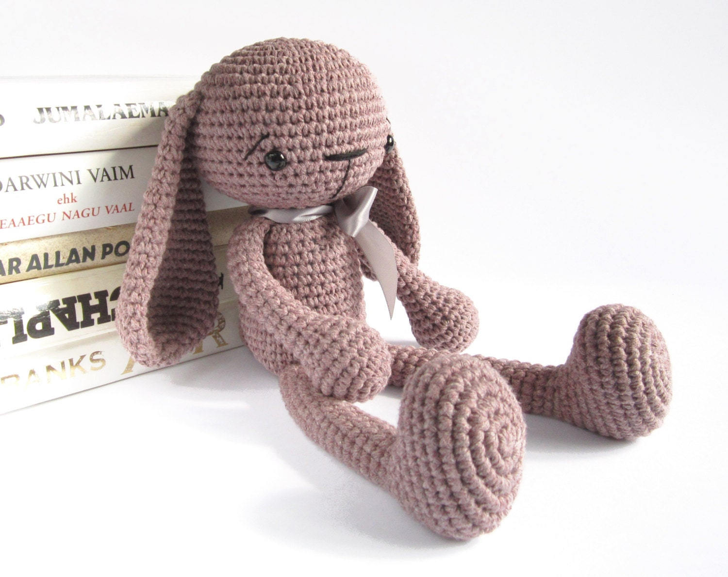 Free Crochet Pattern For A Rabbit : PATTERN: Bunny Long-legged toy rabbit Amigurumi tutorial