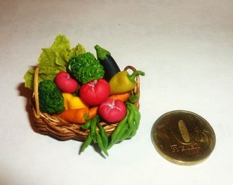 Dollhouse miniature basket with vegetables 1:12