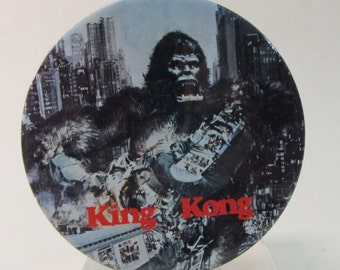 large 1970's KING KONG pinback button