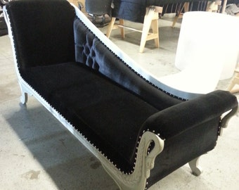 Popular items for settee on etsy for Button tufted chaise settee velvet canary