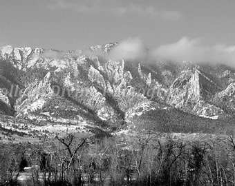 Colorado - B&W Panorama over Boulder in Rocky Mountains