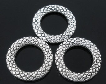 SALE**Summer Clearance**14mm snakeskin textured ring connector