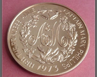 British Royal Wedding Medal. Commemorating the Marriage of Princess Anne to Captain Mark Phillips in 1973. Scarce Limited Edition Medal