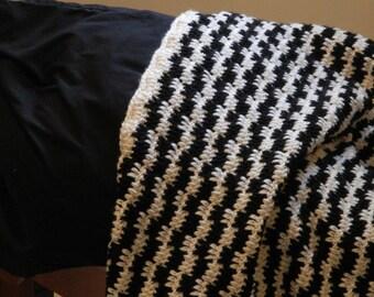 Made to Order 4' by 6' Crochet Blanket - Custom Blanket, Crochet Blanket, Picnic Blanket, Beach Blanket, Home Décor, Crochet Afghan