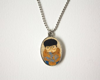Mini Yokoo Portrait Frame Necklace