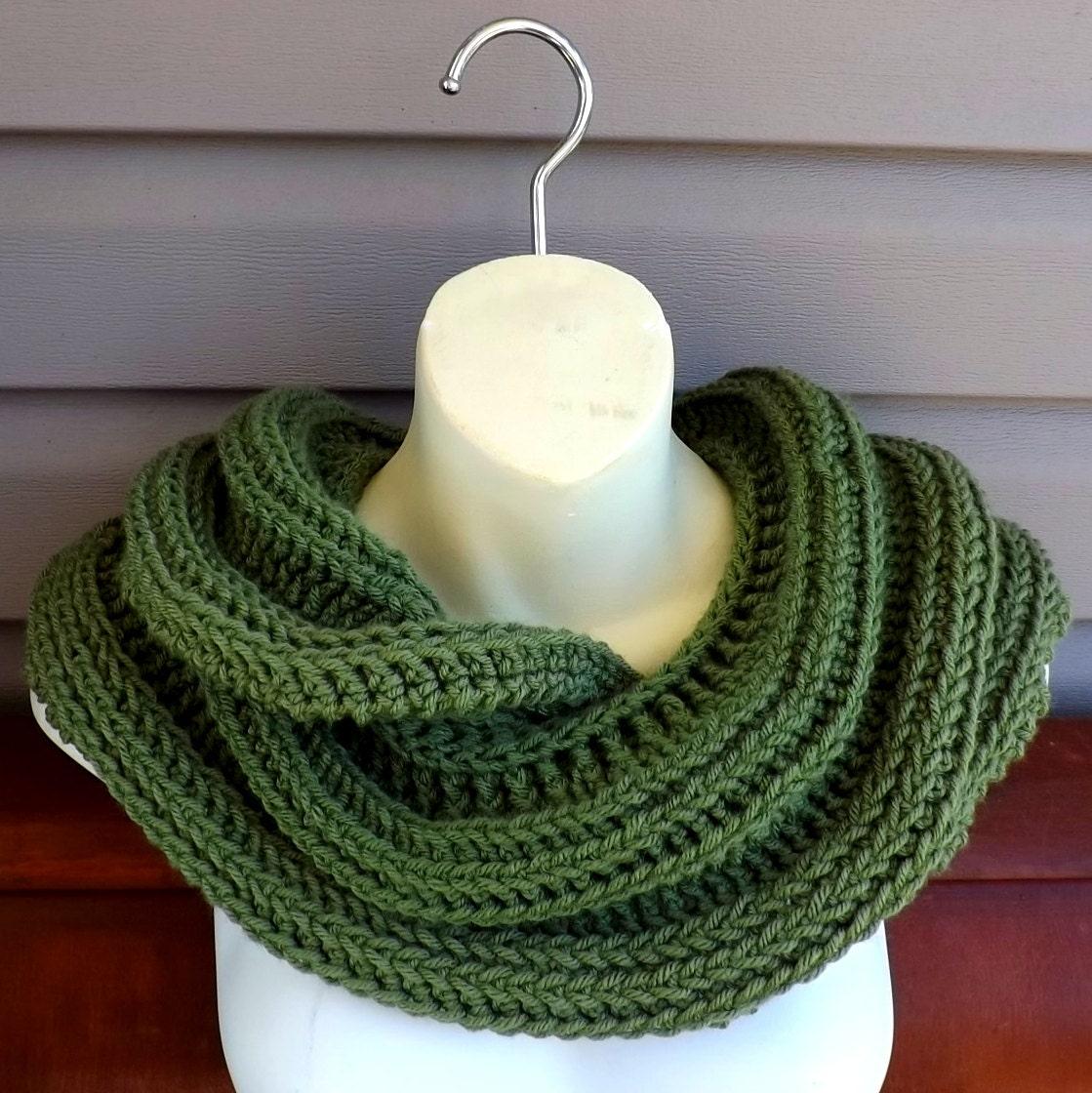 SNAKE Infinity Crochet Cowl Scarf