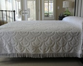Vintage Chenille Bedspread - White Sculpted Design - Full Spread - Queen Coverlet - Snowy White