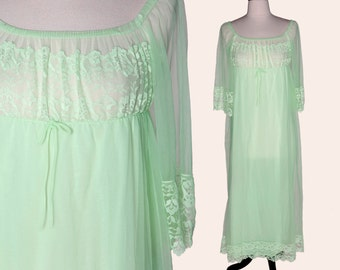 Vintage 70s Green Nightgown / Green Floral Lace Nightgown / Off Shoulder Nightgown