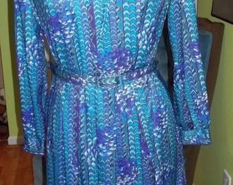 ADORABLE Graphic Print Shades of Blue Vintage Dress By BERKERTEX