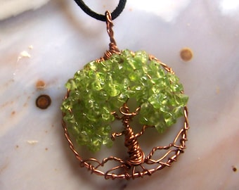 Copper Tree of Life necklace Pendant, Peridot Gemstone pieces - Circle Tree of life - copper necklace - peridot necklace - August birthstone