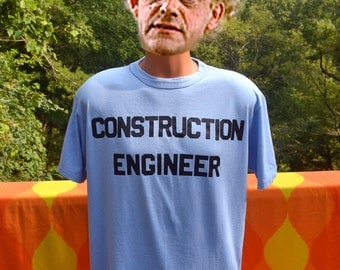 vintage 80s t-shirt construction ENGINEER job builder nerd tee shirt Large blue funny