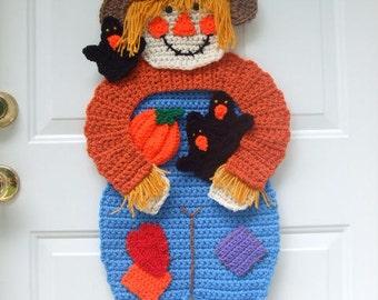 CROCHET PATTERN - Scarecrow Door Hanging - CV108 Scarecrow & Crows - PDF Download