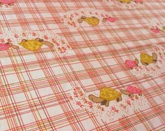 vintage fabric - two turtles - pink
