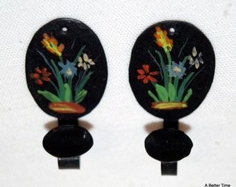 Vintage Tole Painted Hanging Candle Holders Miniature Doll House Set of Four - Pair of Black and Pair of White