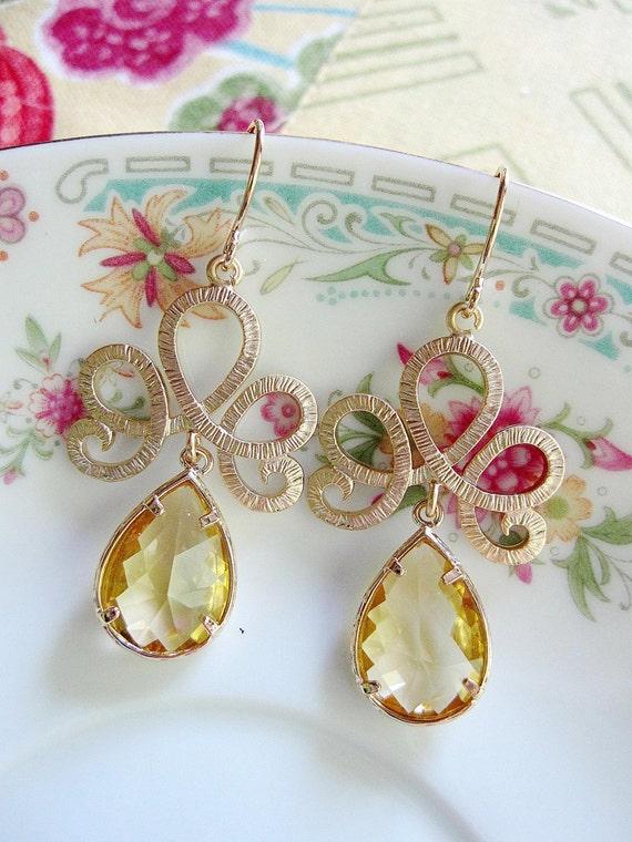 Gold Fan Earrings, Gold Tiara Earrings, Pale Yellow Glass, Bridesmaid Earrings, Wedding jewelry