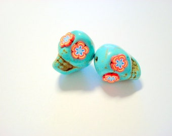Red Crazy Flower Eyes in Small Turquoise Day of The Dead Skull Beads-12mm