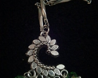 Green Crystal Dangle Chain Necklace