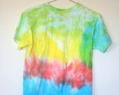 Colorful Tie Dye Tee Shirt Top Vintage Yellow Red Blue