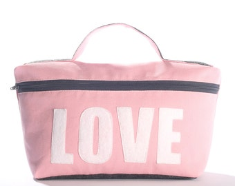 LOVE medium travel bag from eco-friendly materials