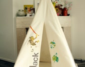 Teepee tent  - Vintage animal appliques and NAME Reg size