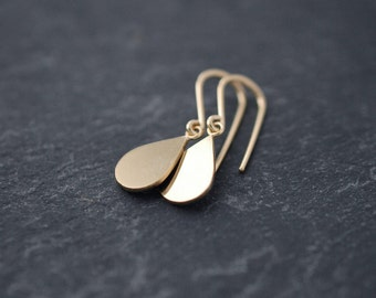 Simple droplet dangle Vermeil gold plated silver earrings