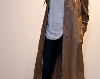 Vintage 70's Camel Leather Deep Pleat Trench Coat/ Med to Lrg
