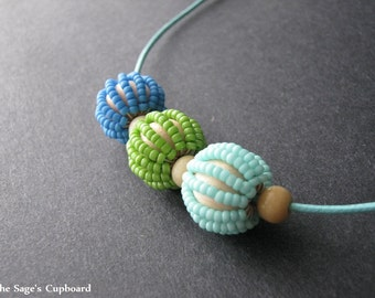 Turquoise Bauble Necklace. Beaded Blue and Green Adjustable Necklace