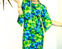Vintage 60s Pake Mu'u Maxi Dress POMARE Hawaii Neon Green Blue Tropical Floral Hibiscus Long Sleeve Mu Mu 1960s MAD MEN Hawaiian Loungewear