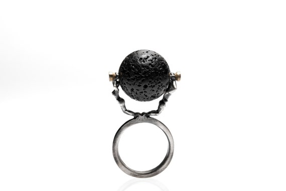Weight of Earth Ring (Comes with Climbing Man Pin Gift )