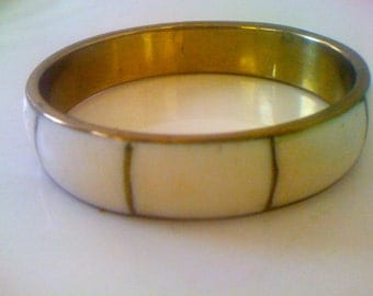 Sale Vintage 70s Boho Brass Bangle Bracelet.