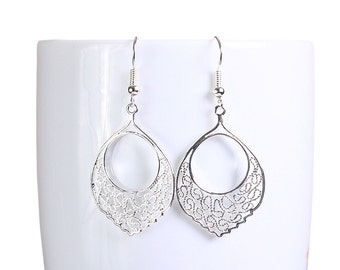 Silver plated filigree dangle earrings (789) - Flat rate shipping