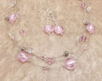 Necklace & Earring Set - Silver Lined Light Pink 3-Strand