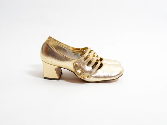 SALE 60s Metallic Gold Heels - 1960s Mod Strappy Mary Jane Shoes - Mad Men Twiggy Heels - SIZE 7 - EURO 37 - 37.5