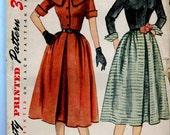 "Simplicity 3662 UNCUT Vintage 1950s Dress and detachable collar Pattern - 30"" bust"