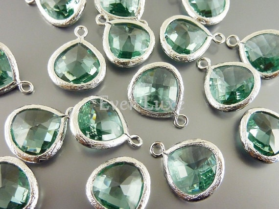 2 prasiolite light green 13mm glass teardrops with bezel frame pendants, glass beads 5064R-PR-13 (bright silver, prasiolite, 13mm, 2 pieces)