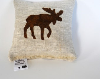 Brown Moose Balsam Fir Sachet in Linen - Maine Balsam Fir Sachet - Balsam Fir Pillow - Moose Pillow