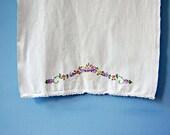 1950s Tea Towel Vintage Floral Dishtowel Hand Embroidered Towel Cotton Dish Cloth 50s Kitchen Linens White Purple Pink Flower Fingertip