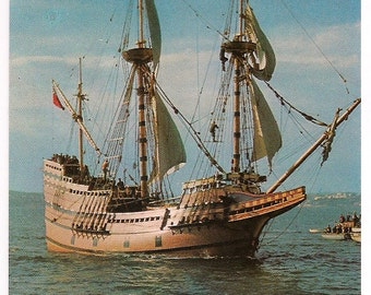 Mayflower II Built at Brixham England Vintage Postcard, Plymouth Massachusetts a Gift from Great Britain - Plymouth Souvenir