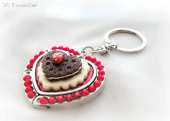 Sweetheart strawberry cookie folding purse hook, heart keychain, valentine gift
