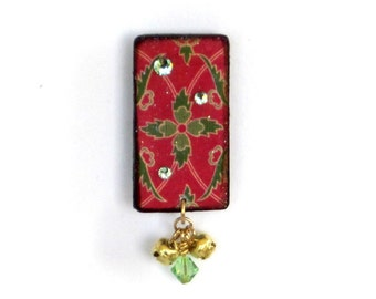 Christmas Lapel Pin Holiday Brooch Red and Green Christmas Brooch Holiday Jewelry Christmas Jewelery