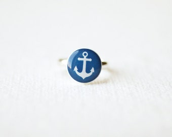 Anchor Ring - Nautical jewelry - petite ring